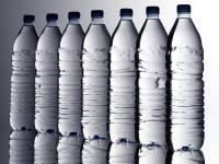 Air dalam Botol Kemasan Terkontaminasi Mikroplastik, Masih Amankah Diminum?