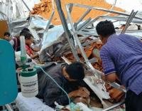 Terdengar Suara Gemuruh Sebelum Atap RSAL Surabaya Ambruk