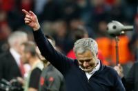 Balas Kritikan Pedas Penggemar, Mourinho: Man United Sedang Berada di Masa Transisi!