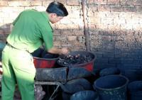 Polisi Vietnam Gerebek Pabrik Penghasil Kopi Berbahan Baterai Bekas
