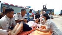 Seorang Ibu Hamil Korban Kecelakaan Kapal di Johor Dilarikan ke Rumah Sakit