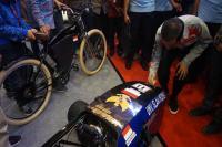 Mengenal Kecanggihan Mobil Listrik Karya Mahasiswa yang Disambangi Jokowi di IIMS 2018