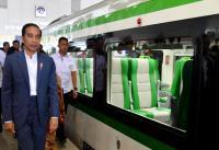 Presiden Jokowi Serahkan 510 Sertifikat Tanah Wakaf di Sumbar