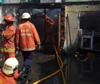 Kebakaran Rumah Warga di Gambir Berhasil Dipadamkan