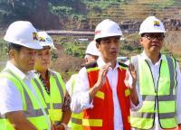 Jokowi: Hati-Hati Menggunakan Media Sosial, Jangan Sampai Menjerumuskan Kita