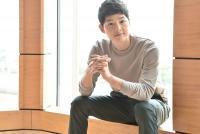 Song Jong Ki Pertimbangkan Comeback Lewat Film Lightning Arc