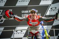 Michele Pirro: Ducati Rugi Besar Depak Lorenzo!