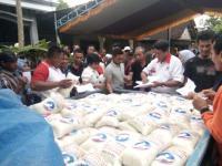 Perindo Bojonegoro Serahkan 900 Paket Beras di Empat Desa