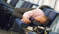 Sebelum Naik Pesawat, Lakukan 5 Tips Ini untuk Mencegah Jet Lag