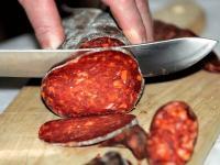 5 Makanan Ini Terbuat dari Kotoran Manusia dan Hewan, Berani Coba?