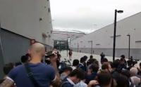 Tak Hanya Fans Juventus, Ratusan Jurnalis Juga Sambut Kedatangan Cristiano Ronaldo