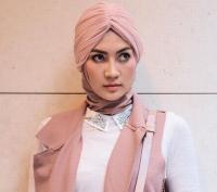 Model Cantik Steffy Burase Teman Dekat Irwandi Yusuf Diperiksa KPK Besok