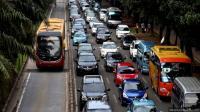 Lalin di Jalan Raya Ragunan Jaksel Terpantau Macet Jelang Magrib