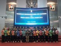 Abang None Jakarta Buka Perdagangan Saham