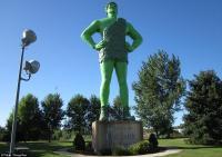 Patung Berusia 40 Tahun Ini Dianggap Menyerupai Si Buta dari Gua Hantu, Mirip Gak Sih?