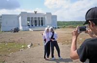 Habiskan Dana Rp 1,8 Miliar, Kantor Desa di Jember Ini Mirip Istana Negara