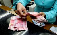Pemerintah Diminta Keluarkan Jurus Fiskal Jaga Rupiah