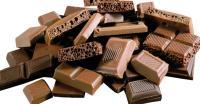 Trik Pamela Bowie Mencegah Gemuk Meski Doyan Ngemil Cokelat