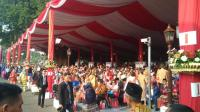 Berpakaian Daerah, Peserta Upacara HUT Ke-73 RI Mulai Padati Istana