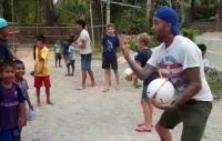 Seminggu Liburan di Sumba, Ternyata Beckham dan Keluarga Lakukan Ini