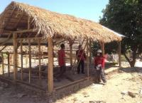 Relawan PMI Bangun Huntara untuk Korban Gempa Lombok, Begini Bentuknya