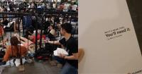 Ada yang Unik saat Penjualan iPhone XS di Singapura