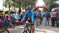Promosikan Pariwisata Danau Toba, 1.850 Pesepeda Ramaikan Tour de Sinabung