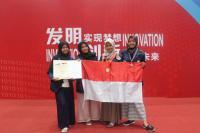 Racik Teh dari Kulit Semangka untuk Diabetes, 4 Mahasiswa Ini Raih Medali Emas di China