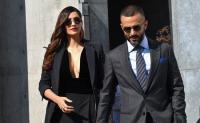 Bintang Bollywood Sonam Kapoor Jadi Sorotan di Milan Fashion Week 2018