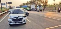 Lalin Tol Kamal Arah Bandara Soetta Macet Akibat Kecelakaan 2 Truk dan 1 Minibus