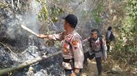 Polisi Tambah Personel untuk Padamkan Kebakaran di Gunung Merbabu