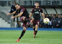 Perbedaan AC Milan dengan Juventus Menurut Higuain