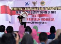 Presiden Jokowi Beri Beasiswa untuk Korban Gempa Lombok