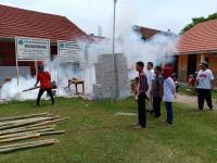 Puluhan Warga di Bekasi Terjangkit DBD, Caleg Perindo Langsung Fogging