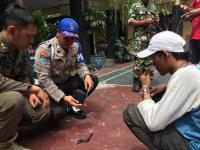 Tertibkan Pengamen, Anggota Satpol PP Berdarah Dikeroyok Anak Jalanan