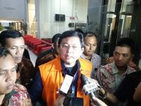 Didakwa Bantu Pelarian Eddy Sindoro, Lucas Sebut Penyidik KPK Khilaf