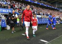 Masih Betah di Arsenal, Ozil Tolak Tawaran Fantastis dari Klub Lain