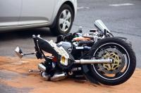 Bus vs Sepeda Motor di Garut, 2 Orang Dilaporkan Tewas