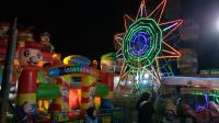 Geliat Pasar Malam di Pinggiran Kota