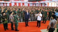 Jokowi: Kekuatan Besar Negara Ini kalau Rakyat Lihat TNI-Polri Solid