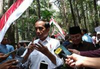 Presiden Jokowi Serahkan SK Perhutanan Sosial ke Masyarakat Jambi