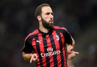 Terlalu Mahal, Milan Disebut Enggan Permanenkan Higuain