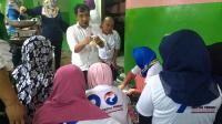 Caleg Perindo Latih Warga Bekasi Bikin Usaha Ayam Kriuk dan Martabak