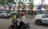 Heboh Razia Pajak Kendaraan Serentak di Tangsel, Polisi: Itu <i>Hoax</i>