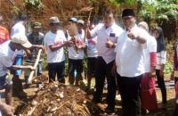 Caleg Perindo Pilih Ajari Membuat Pupuk saat Kampanye di Gunungkidul