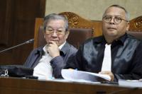 Sidang Suap, Anak Angkat Pengusaha Tamin Pakai Dukun Jampi-Jampi Hakim