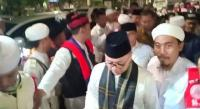 Berbaju Koko Putih, Zulkifli Hasan dan Hidayat Nur Wahid Hadiri Munajat 212
