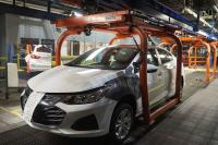 Pengusaha Ini Beli Ribuan Chevrolet Cruze Agar Pabrik Mobil Tidak Tutup