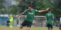 Masalah Administrasi, Ezra Walian Terancam Tak Perkuat Timnas Indonesia U-23