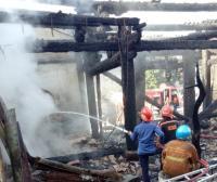 Bangunan Utama Kelenteng Tay Kak Sie Tinggal Puing Usai Dilanda Kebakaran